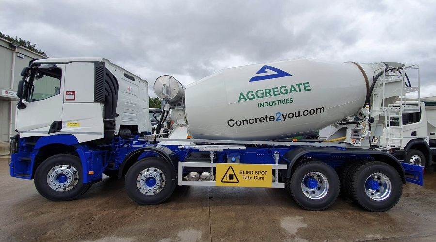 aggregate mixer in Llanidloes